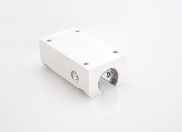 3,21/€//m /Übergangsprofil 30 mm gew/ölbt gebohrt in 6 Eloxalfarben T/ürprofil Schweller Ausgleichsprofil 900 mm gebohrt, silber